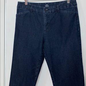 St. John's Bay size 12 cropped blue jeans